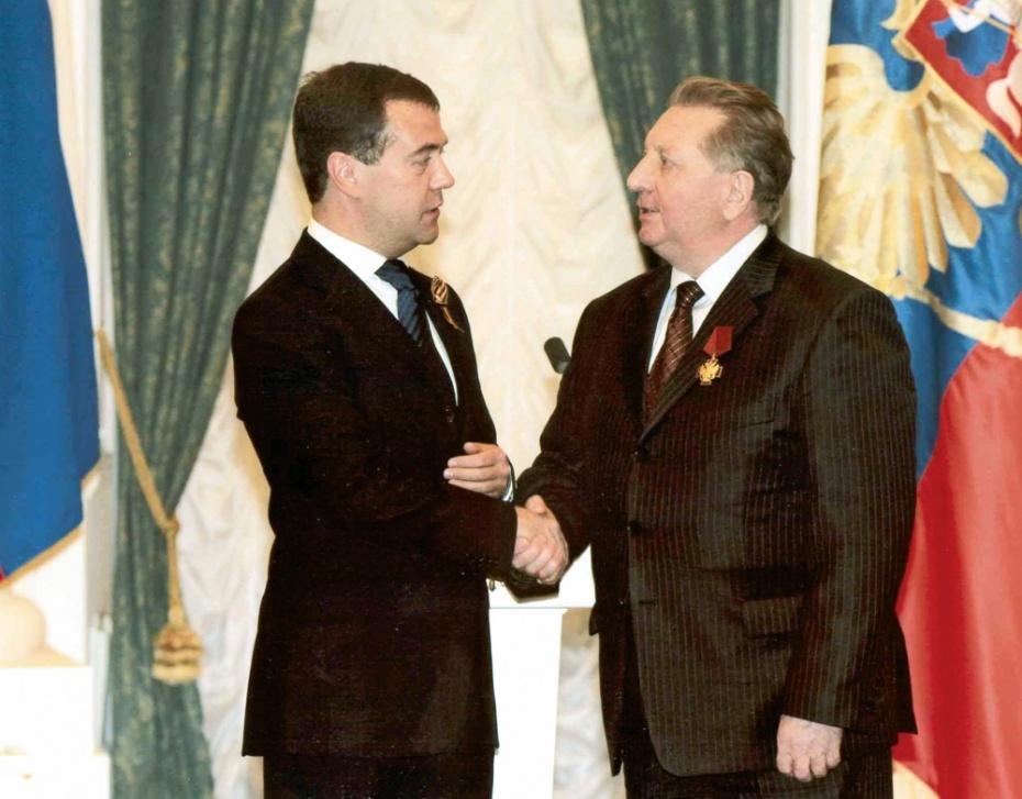 Дмитрий Медведев, Владимир Фисинин