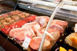 Свинина по стоимости приравняется к куриному мясу