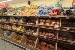 Россияне переходят на более дешевые продукты