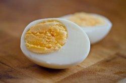 Ученые создают ГМ-заменитель яичного белка
